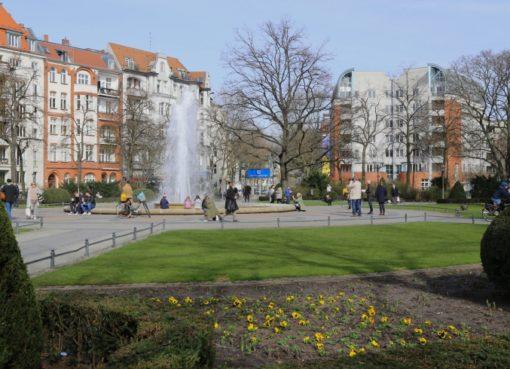Viktoria-Luise-Platz mit Fontäne