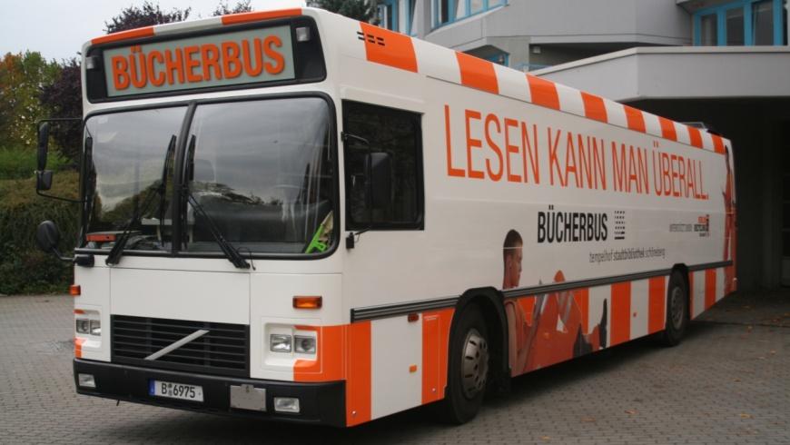 Bücherbus der Stadtbibliothek Tempelhof-Schöneberg
