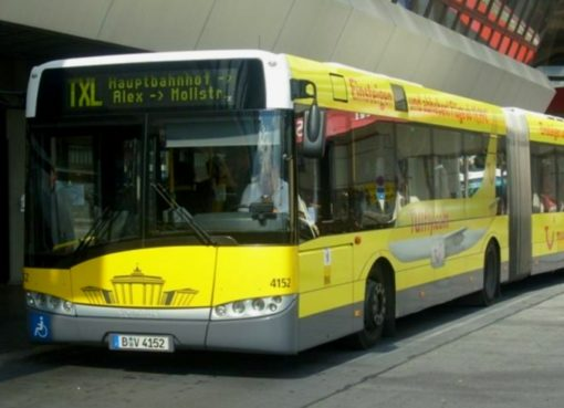 BUS TXL am Terminal in Tegel