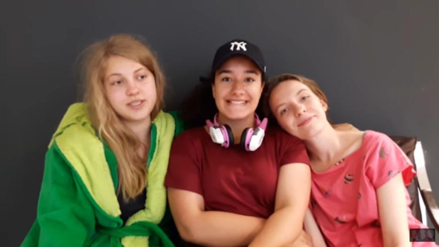 GIRL CAVE - SPEZIAL mit Julija, Caro und Zada