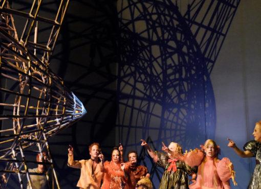 """""""Zeppelin"""" in der Schaubühne"""