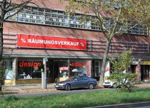 Hauptstraße: Räumungverkauf bei design attack