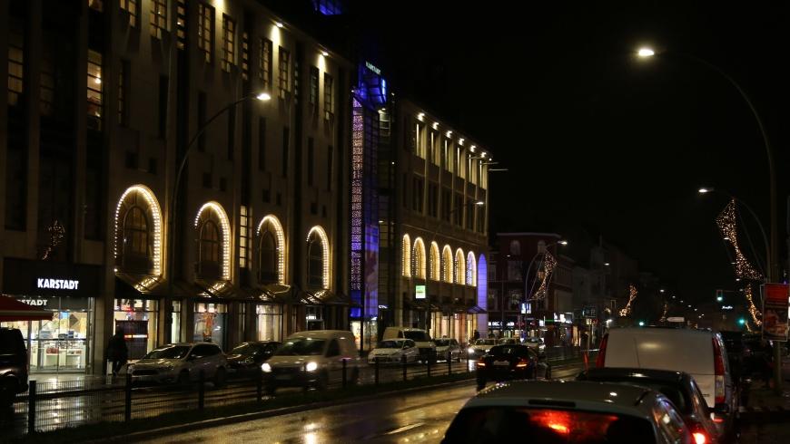 Lights On am KARSTADT Warenhaus