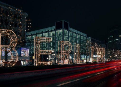 Weihnachtsbeleuchtung in der City West