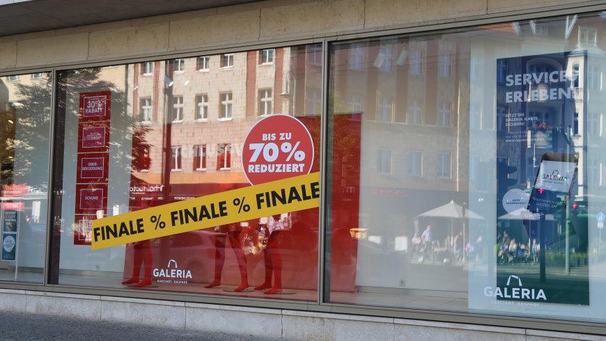 Galeria Karstadt Kaufhof mit Final Sale in der Schloßstraße mit bis zu 70% Rabatt - Foto: szz