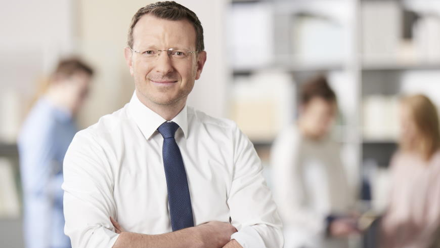 Dr. Jan-Marco Luczak
