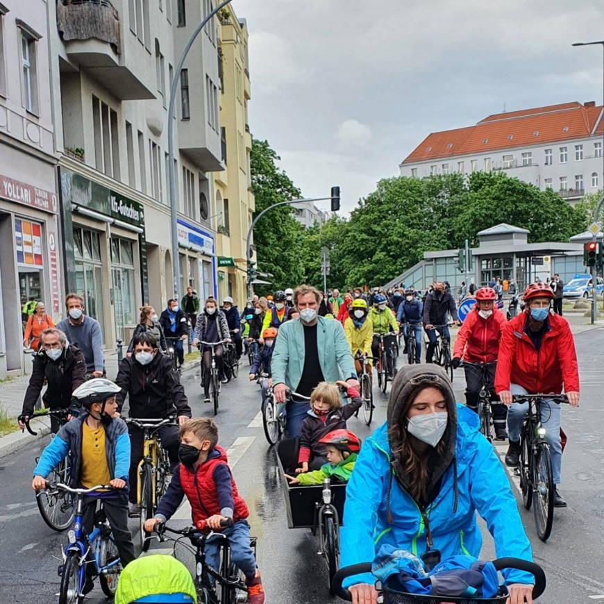 Fahrraddemo in der Kolonnenstraße