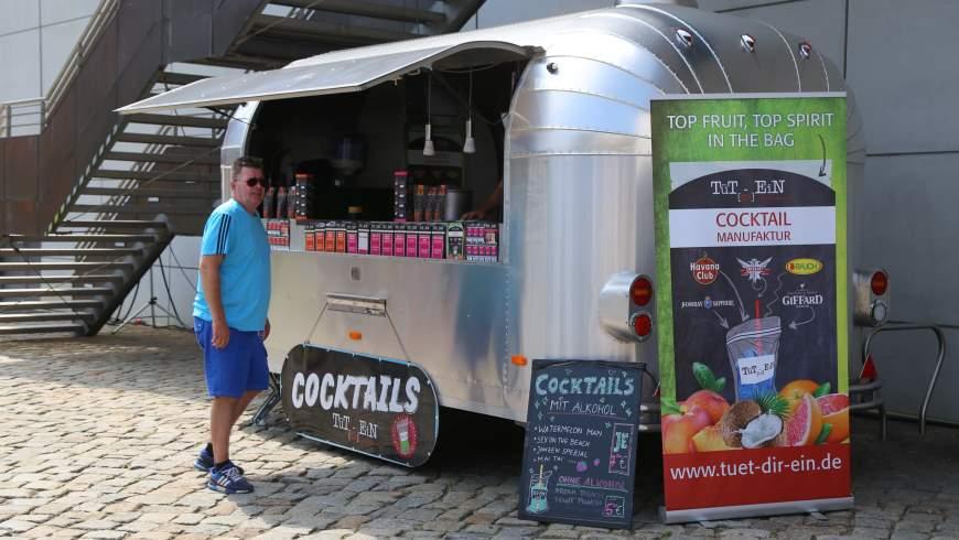 Cocktails in Tüten: alkoholfrei, vegan und alkoholisch in großer Geschmacksvielfalt von der Cocktailmaniúfaktur aus Rudolstadt / Thüringen - Foto: tsz