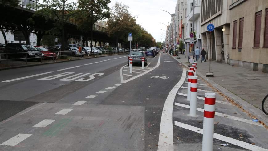 Radstreifen Bülowstraße zwischen Potsdamer Straße und Frobenstraße - Foto: © Michael Springer